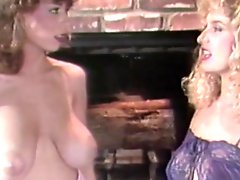 Two vintage chicks are kissing shaved pussies