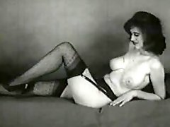 Curvaceous vintage babes show off their hot bodies