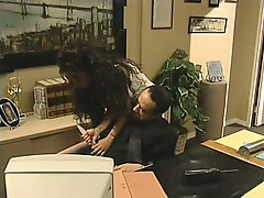 Office slut Dee shows her extra special work skills on her bosses prick