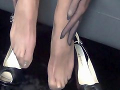 Foot Fetishism. I slip a STOCKING STRING and I FUCK my ASS