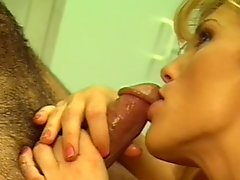 Missy fuck with blonde Mickey G in her lovely doggy style