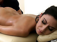 Nikki Daniels comes to the massage
