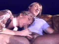 Retro milf deepthroating tasty dick