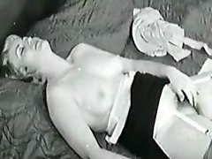 Vintage Masturbation 1931 with blonde Milf