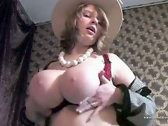 Big Breast Porn Retro Women Unbelievable Ladies Day
